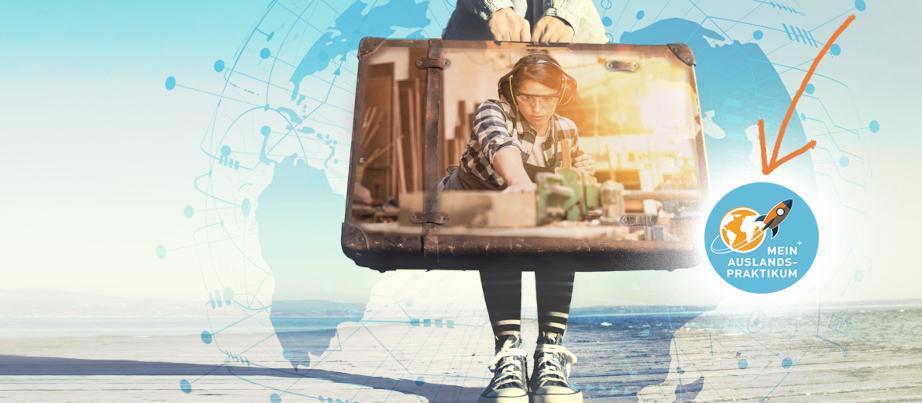 MeinAuslandspraktikum-Kampagnenbild: Eine junge Frau hält einen alten Koffer. Im Koffer wird eine Arbeitsszene einer jungen Schreinerin abgebildet.